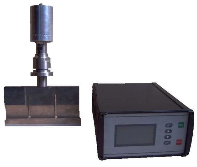 Ultrasonic Food cutting machine 25 kHz