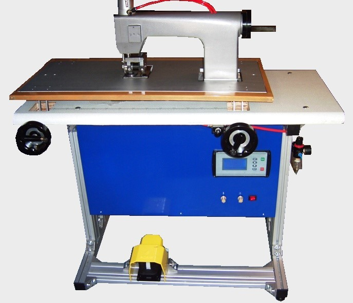Ultrasonic horizontal sewing machine, 25 KHz